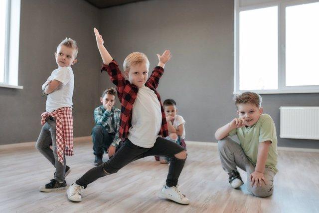 Actividades de adultos adaptadas a los niños