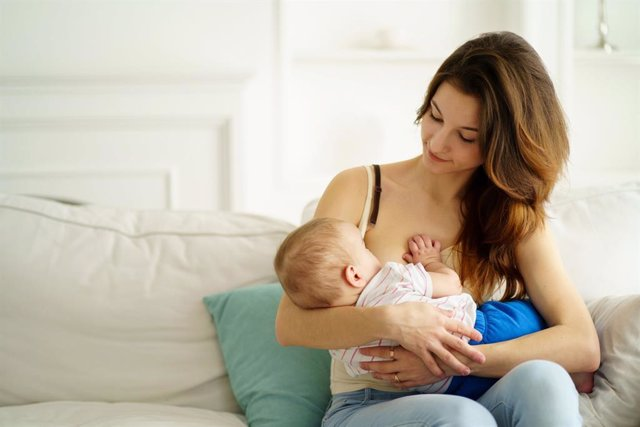 Archivo - Un nuevo estudio desvela una ventaja para el bienestar anímico de las madres.