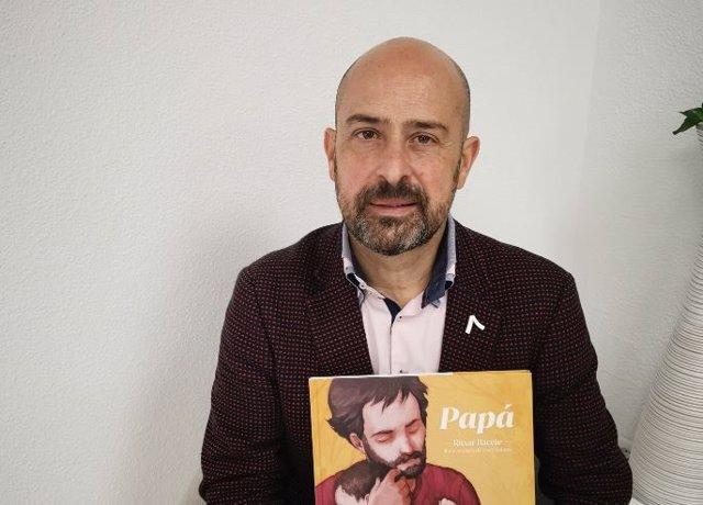 Entrevista a Ritxar Bacete, autor del libro ilustrado Papá