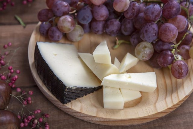 Archivo - Disfruta del queso, un alimento saludable y lleno de vitaminas