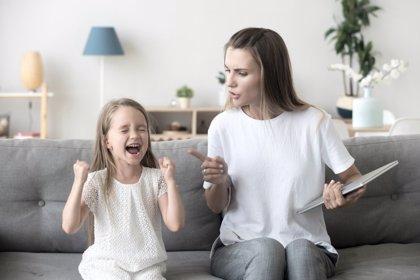 Dejar de gritar a los niños es posible: 3 fases para conseguirlo