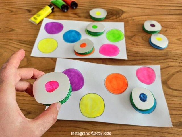 Puzle de colores: una manualidad para niños de 3 años