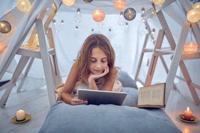 Leer en otro idioma ayuda a fijar el vocabulario entre otras ventajas
