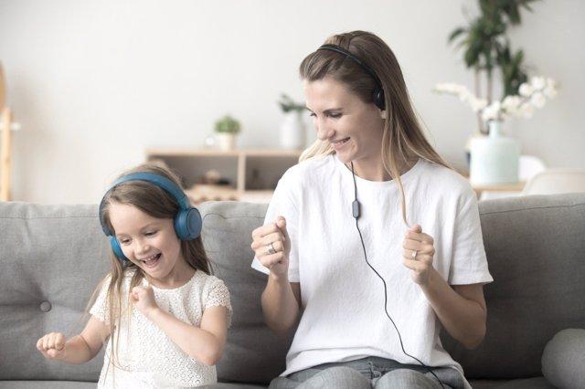 La musica ayuda a transitir positividad