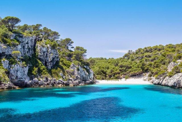 Archivo - Lugares de ensueño: las calas más bonitas e inaccesibles de España