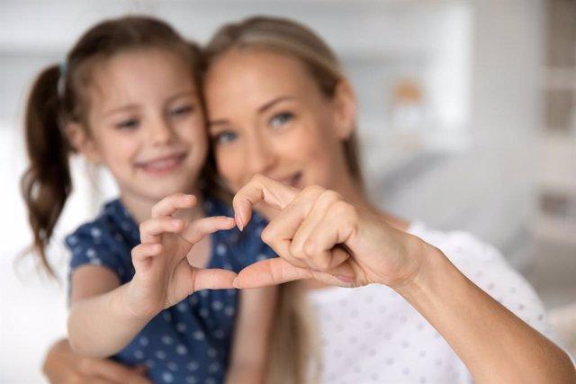 Cómo debemos ser los padres para tocar el corazón de nuestros hijos