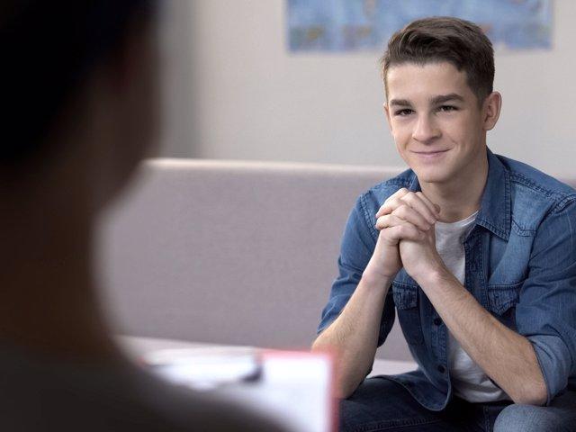 La cercanía con los adolescentes fomenta el desarrollo de su empatía.