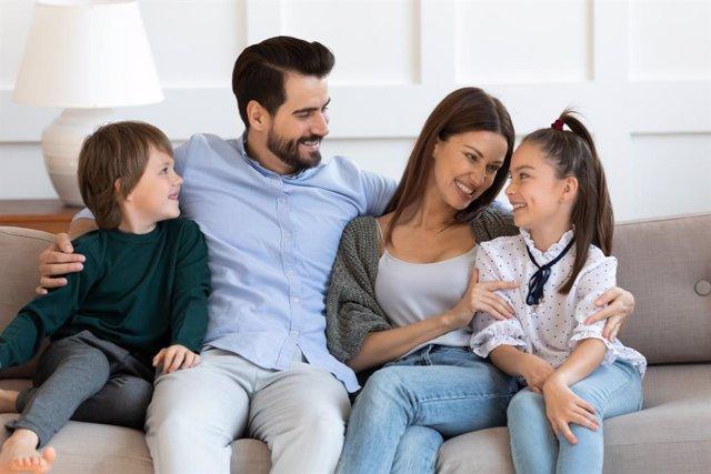 Archivo - Razones por las que falta el diálogo en la familia