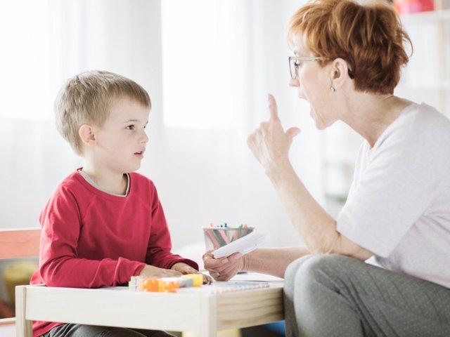 Estos son los mejores consejos para tratar a pacientes con TDAH, según su edad.