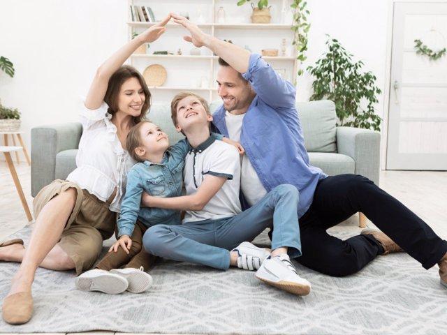 La comunicación emocional debe estar presente en el día a día del hogar.