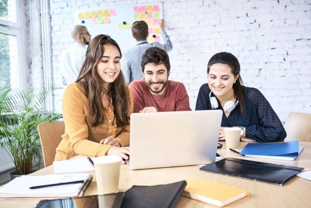 ¿Qué Necesitan Los Jóvenes Para Ser Emprendedores?