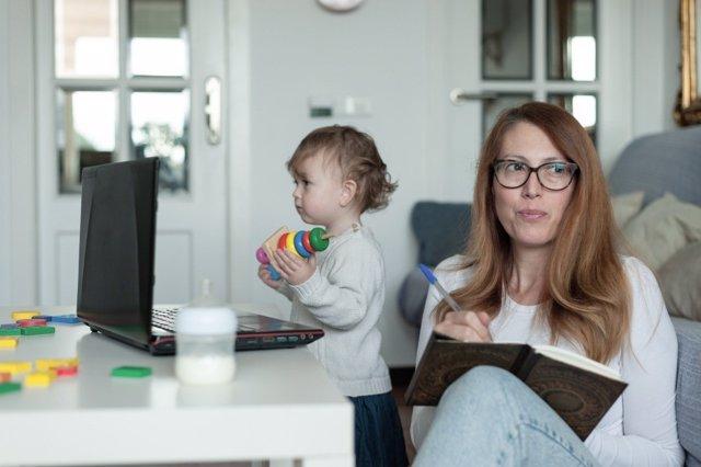 Padres con agendas laborales al máximo